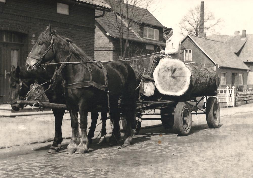 Lohnfuhrunternehmen in Ihlienworth   Bild aus ca. 1960er Jahre